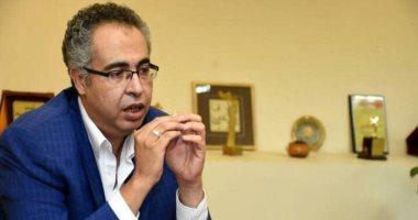 وزيرة الثقافة تجدد الثقة فى الفنان إسماعيل مختار رئيسا للبيت الفنى للمسرح