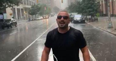 أحمد السقا يستمتع بأجواء الأمطار والشتاء بصورة من نيويورك