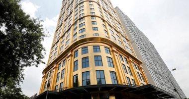 افتتاح أول فندق مطلى بالذهب فى العالم.. يتكون من 25 طابقا.. يحتوى على 400 غرفة.. استغرق 11 سنة للبناء بتكلفة 200 مليون دولار.. أكواب القهوة مصنوعة من عيار 24 قيراط.. وسعر الغرفة يبدأ من 250 دولارا فى الليلة