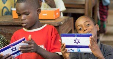 """إسرائيل تواصل التسلل لأفريقيا.. وتتبرع بـ""""تابلت"""" لأطفال نازحين فى نيجيريا"""