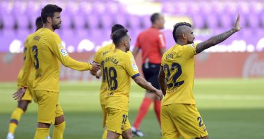 برشلونة يواصل مطاردة ريال مدريد على صدارة الليجا بهدف يتيم ضد بلد الوليد