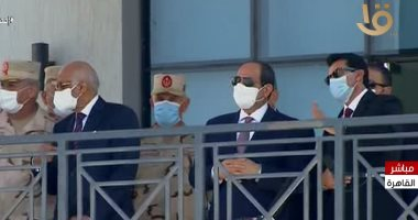 الرئيس السيسي يجرى جولة تفقدية للمرحلة الثالثة بالأسمرات