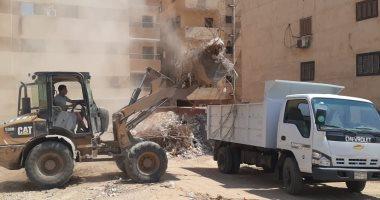 حى الهرم يخصص 4 سيارات نظافة لتحسين الخدمة بهضبة الأهرام.. صور