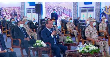 السيسى يطالب وزير المالية بتسهيل إجراءات تحويل السيارات للعمل بالغاز الطبيعى