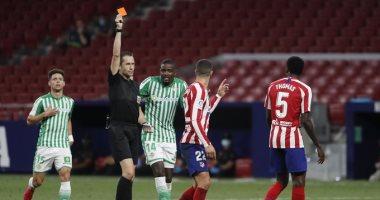 أتلتيكو مدريد يفقد هيرموسو حتى نهاية الموسم بسبب الإيقاف