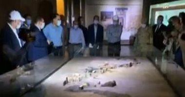 صور وفيديو لجولة رئيس الوزراء بصحبة عدد من الوزراء بمتحف النوبة