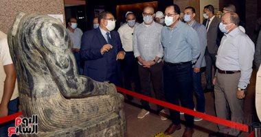 رئيس الوزراء يتفقد متحف النوبة والسوق السياحى فى أسوان