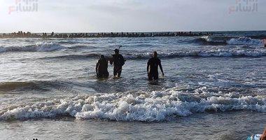 غرق 3 أشخاص فى شاطئ الهانوفيل بالإسكندرية