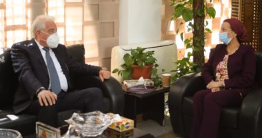 وزيرة البيئة ومحافظ جنوب سيناء يحددان اشتراطات الأنشطة السياحية بالمحميات البحرية