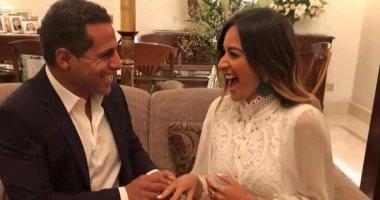 تفاصيل خطوبة الفنانة أمينة خليل.. والزواج مطلع العام المقبل.. صور