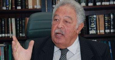 """رجائى عطية يحيل """"خالد أبو كراع"""" عضو مجلس نقابة المحامين للتحقيق العاجل"""