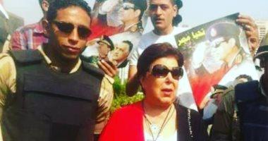 حساب رجاء الجداوى ينشر صورة للفنانة الراحلة بزى علم مصر فى ثورة 30 يونيو