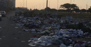 شكوى من تحول الشريط الأخضر بمحافظة الإسماعيلية إلى مقلب للقمامة