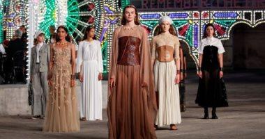 أول عرض أزياء بدون جمهور بسبب تفشى وباء كورونا فى بوليا الإيطالية