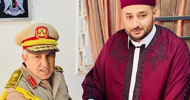 الجيش الليبى يشيد بجهود فرع منظمة خريجى الأزهر بليبيا