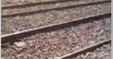 مجزرة المنيا.. هنا ألقى أب أبناءه الثلاثة أسفل عجلات القطار (فيديو لايف)