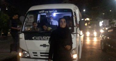 """الأسطى حنان اشتغلت منادي علي ميكروباص: اللي تسيب زوجها في مرضه """"مش جدعة"""""""