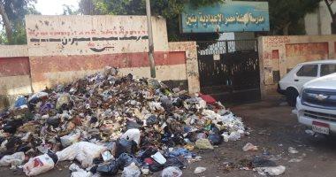 شكوى من تراكم القمامة فى شارع نور الدين بالشرابية بمحافظة القاهرة