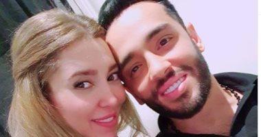 وصلة غزل بين رامى جمال وزوجته ناريمان على انستجرام.. والأخيرة: هاعملك مسقعة