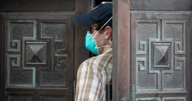 موظفو القنصلية الأمريكية فى تشنغدو يغادرون وسط إجراءات أمنية مشددة