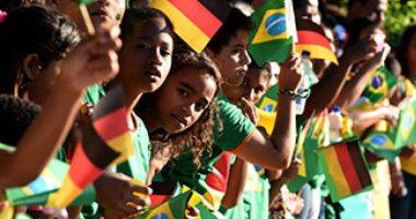 مشجعون ينتقدون فريقهم فى البرازيل لفوزه بمباراة ومساعدة المنافس