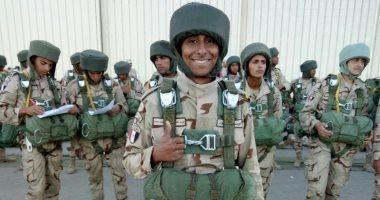 كلنا الجيش المصرى.. أحمد يشارك بصورة بالزى العسكرى خلال فترة التجنيد