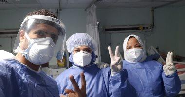 صور.. مستشفى الأقصر العام تشهد خروج 5 حالات شفاء من فيروس كورونا