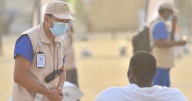 وصول ضيوف الرحمن إلى مزدلفة وسط إجراءات طبية لتفادى تفشى كورونا.. فيديو وصور