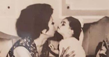 عائلة الفنانة الراحلة رجاء الجداوى تشارك جمهورها بصور نادرة