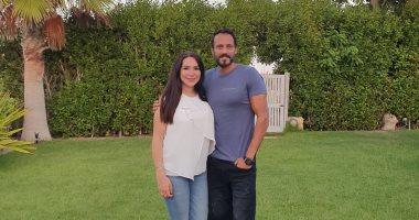 يوسف الشريف يتعرض للتنمر بعد نشر صورة مع زوجته.. وحملة دعم من جمهوره