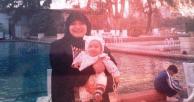 شاهد آخر صورة لمديحة كامل مع حفيدها قبل وفاتها