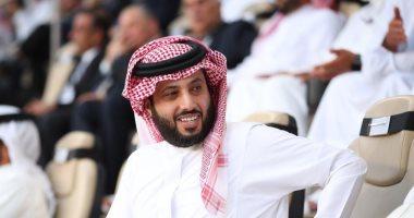 """تركي آل الشيخ ينتقد مدرب برشلونة: """"والله عندى نظرة.. لاعاد تناقشونى!"""""""