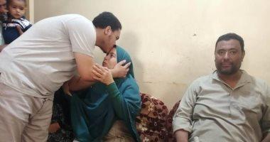والدة أحمد أول الثانوية العامة: نوصيه بالفقراء لو أصبح طبيبا..صور