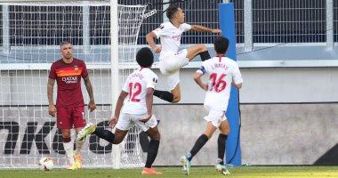 إشبيلية يحسم تأهله لربع نهائى الدوري الأوروبي بثنائية ضد روما.. فيديو