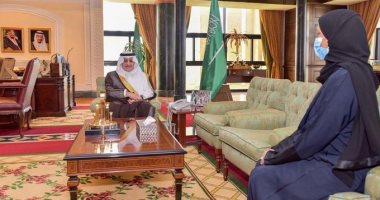 خلود الخميس أول امرأة تشغل منصب أمين مجلس منطقة فى السعودية
