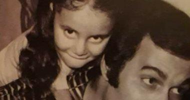 رانيا محمود ياسين لوالدها الفنان القدير: ربنا يخليك لينا ويديك الصحة