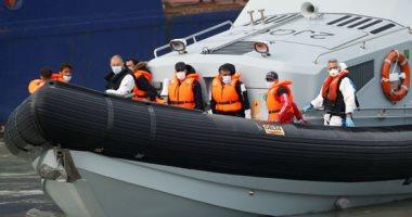 خفر السواحل التونسى يوقف 66 مهاجرًا غير شرعى