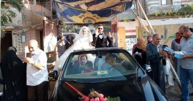 عروسان بالشرقية يشاركان فى التصويت بانتخابات مجلس الشيوخ