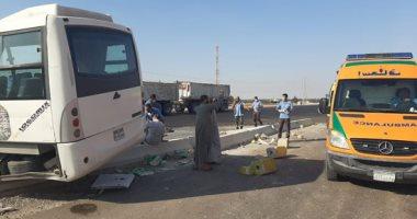 إصابة 6 أشخاص في حادث تصادم بصحراوي المنيا