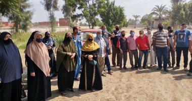 صور.. السيدات يتصدرن مشهد التصويت بانتخابات الشيوخ فى مدينة القرين شرقية