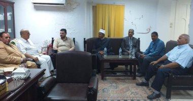 صور.. رئيس منطقة الأقصر الأزهرية يتابع امتحانات التأهيل التربوى للمعلمين
