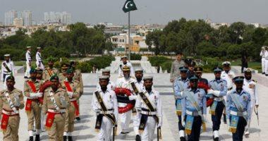 نائب باكستاني من الحزب الحاكم يسعى لتجريم انتقاد الجيش