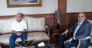 محافظ بورسعيد يستقبل رئيس هيئة التنمية الصناعية لاستعراض الفرص الاستثمارية