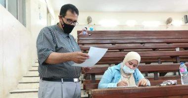 عميد كلية الدراسات العليا بجامعة الأزهر يتفقد امتحانات دمنهور والإسكندرية