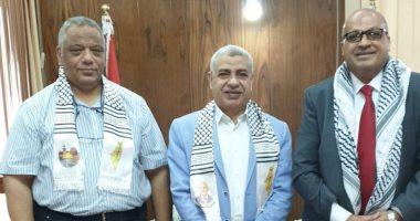 جامعة طنطا تبحث شئون الطلاب الفلسطينيين مع مسئول الجامعات بالسفارة