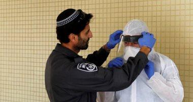 إصابة 13 شخصا بشلل فى الوجه بعد تلقيهم لقاح كورونا بإسرائيل
