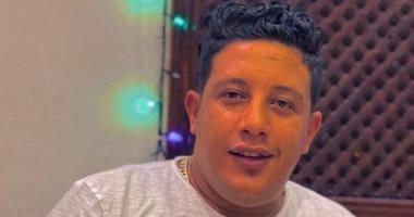 حمو بيكا يكشف للإذاعة عن سعادته بإحياء أولى حفلات تونس.. فيديو