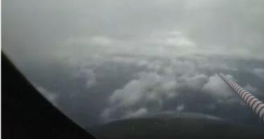 طائرة تحلق وسط إعصار لورا الكارثى أعلى خليج المكسيك.. فيديو وصور - اليوم  السابع