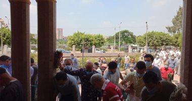 مساجد القليوبية تفتح أبوابها لبدء دخول المصلين لاداء صلاة الجمعة