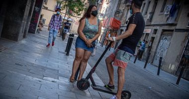 إسبانيا تفرض قيودا على التنقل اعتبارا من الغد لمواجهة انتشار كورونا